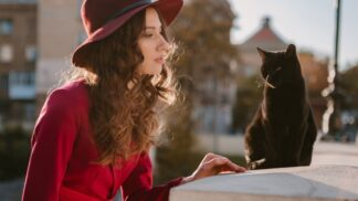 Adriana (22): Mám panickou hrůzu z koček. Po jedné magické úplňkové noci se vše změnilo