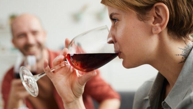 """Markéta (31): Čtyřletá dcera nás prosí, abychom pili """"medicínku"""", prý je s námi větší zábava"""