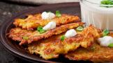Jak na nejlepší křupavé bramboráky: Nešetřete kořením, obejdete se i bez mouky