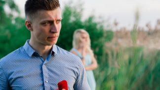 Matouš (33): Mám úžasnou přítelkyni. Jenže provedla něco, čím mě neuvěřitelně ztrapnila