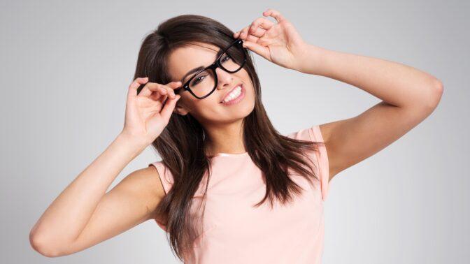 Správné brýle dokážou zázraky: Při výběru je určující tvar obličeje
