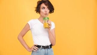 Cambridge dieta: Koktejly, přísné počítání kalorií a neskutečně rychlé hubnutí