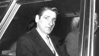 Bostonský škrtič Albert DeSalvo: Sexuálně nenasytný vrah rdousil ženy nylonovými punčochami
