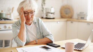 Renata (56): Vzala jsem si půjčku, abych pomohla synovi. Nakonec jsem to já, kdo potřebuje pomoc