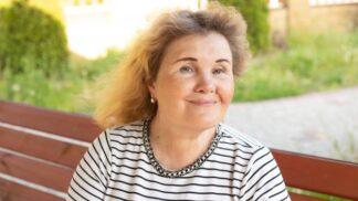 Sabina (51): Zemřela mi matka, která mi dala zvláštní květinu. Na moje padesáté narozeniny se s květinou stalo něco zvláštního
