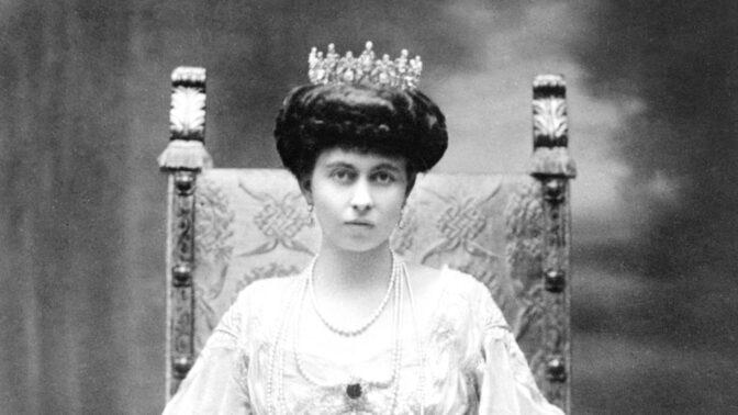 Obyčejné ženské starosti královny Sofie Pruské. S matkou si napsaly 2 000 dopisů, děti zachránila před plameny