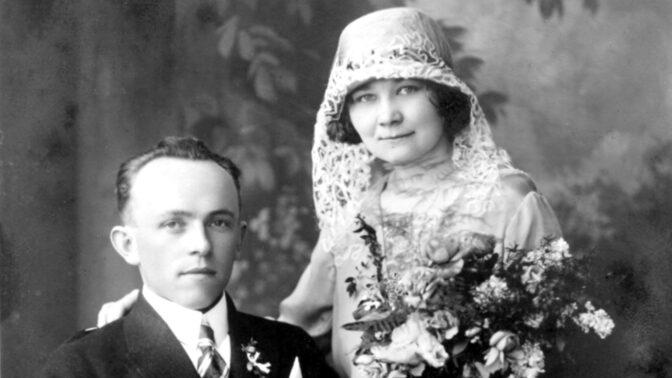 Skutečné zločiny Velké Prahy: Sňatkoví podvodníci fungovali jako továrna, na jedné oběti pracovali čtyři