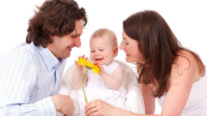 3 znamení zvěrokruhu, která jsou nejlepšími rodiči a parádně to umí s dětmi