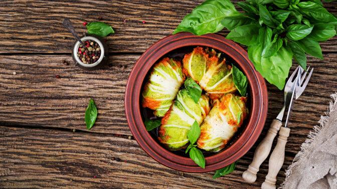Kapustové závitky: S těmito ingrediencemi budou šťavnaté a voňavé