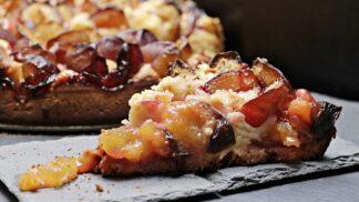 Jak na báječný kynutý ovocný koláč? Poradíme vám postup jako od profesionála