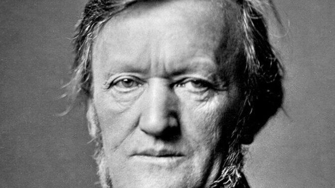 Vdova po Richardu Wagnerovi skočila za mrtvým manželem do hrobu. Ven ji tahali násilím