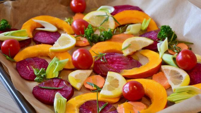 Pečená zelenina: Skvělá a rychlá dobrota do mrazivého počasí. Poradíme, jak ji snadno připravit
