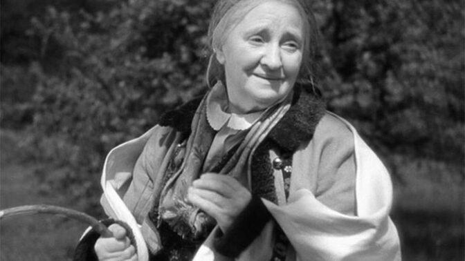 """""""Filmová Babička"""" Terezie Brzková: Zapálená komunistka k smrti nenáviděla Vlastu Buriana"""