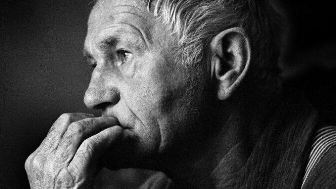 Poslední den Bohumila Hrabala: Dopřál si prý osud hodný spisovatele, vyskočil z pátého patra nemocnice