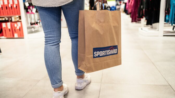 Na Praze 6 otevřelo svou novou prodejnu Sportisimo, zatím bude sloužit pro výdej objednávek z e-shopu