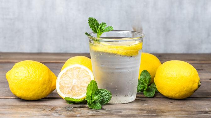 Pijte sklenici citronové vody denně, něco úžasného se stane s vaším tělem