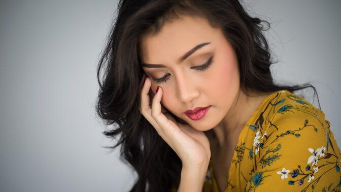 Sandra (25): Přítel nesnáší pláč. Musím si dávat pozor, aby mě při něm nepřistihl