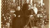Historie posmrtných fotografií: Snímky z časů, kdy mrtví vypadali jako živí