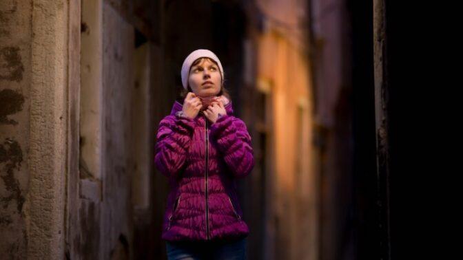 Anna (45): Hlasy z kaple mě začaly zcela ovládat. Nebýt manžela, těžko říct, co by se stalo