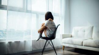 Antidepresivní horoskop: 3 znamení zvěrokruhu, která se málokdy potácejí v zoufalství