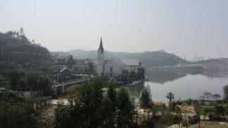 Co nemáme, okopírujeme! Jak si Čína postavila přesnou kopii slavné rakouské vesnice Hallstatt