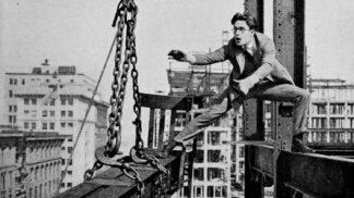 Legendární herec Harold Lloyd: Neměl dva prsty, připravil se o ně kuriózním způsobem