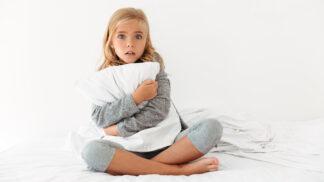 Tvrdí vaše dítě, že vidí duchy? Takto mu můžete podle odborníků pomoci