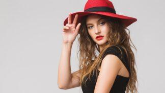 Ženy podle horoskopu: Která 3 znamení zvěrokruhu se i doma oblékají jako ze žurnálu?