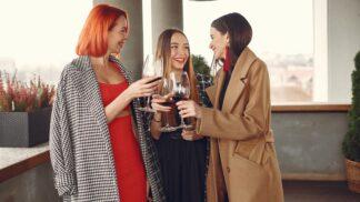 3 znamení zvěrokruhu, která jsou skvělým parťákem nad skleničkou vína
