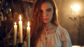 Jana (23): Od chvíle, kdy jsem vyvolávala ducha mrtvé tetičky, se mi doma dějí divné věci