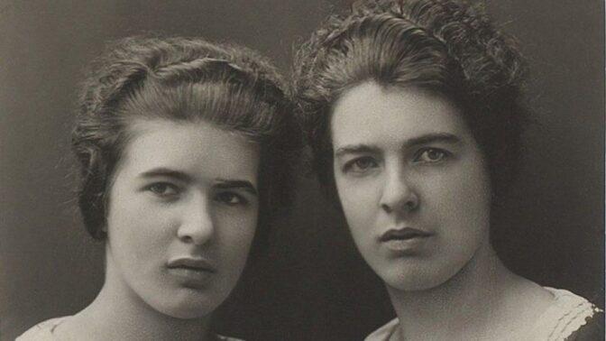 Šílené sestry Papinovy: Když jim ruply nervy, vydloubávaly oči a mlátily kladivem