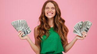 Horoskop práce a financí na květen 2021: Koho čeká povýšení a kdo bude nezdravě utrácet?