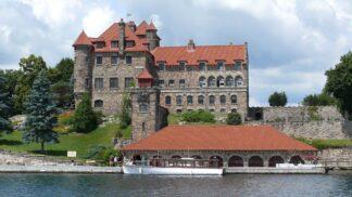 Singer Castle, nejzáhadnější hrad Ameriky: Výstřední boháč špehoval hosty skrz obrazy