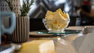 Zdravé pokrmy se špetkou másla – aneb všeho s mírou, i rostlinných olejů