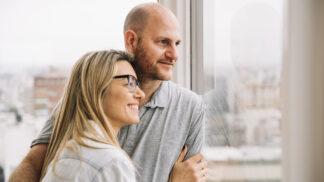 Ivana (49): Muž mi dva roky po svatbě řekl pravdu o našem manželství. Šla jsem z toho do kolen