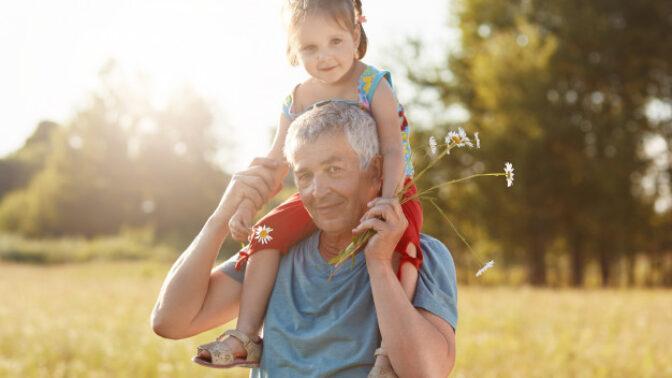 Bedřich (60): Vnučka se mě jednou zeptala, proč nejsme s babičkou spolu. A mně došlo, jakou chybu jsem udělal