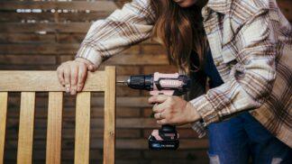 Zadáno pro ženy: Jak vybrat aku šroubovák
