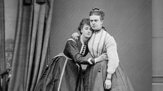 Slavný skandál viktoriánské Anglie: Neobvyklý případ transvestitů Fanny a Stelly