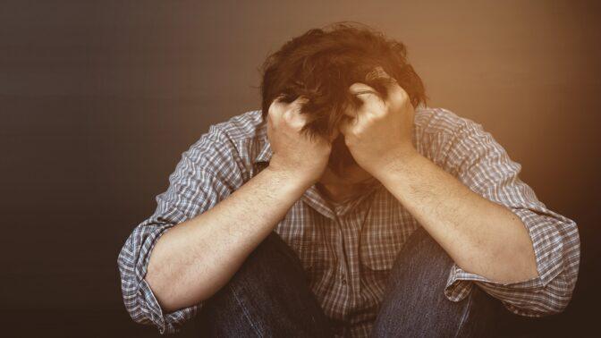 PORADNA: Syn zjistil, že jsem gay, a teď mě nenávidí. Co jediné v takovém případě pomůže, prozradila zkušená psycholožka