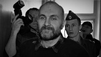 Podivínský historik Anatoly Moskvin: Vykopával z hrobů mrtvoly dívek a dělal z nich panenky