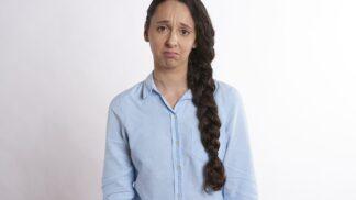 Eva (26): Udělala jsem osudnou chybu, že jsem věřila sestře. Kvůli tomu teď přicházím o rodinu