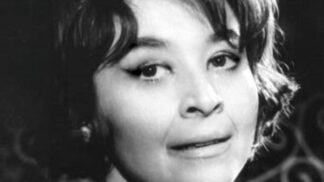 Alena z filmu Ten svetr si nesvlíkej: Karolina Slunéčková zemřela na rakovinu, kterou si prý sama přivolala