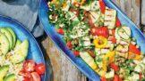 Salát z grilovaných cuket a paprik: Báječný recept ze sezonních surovin