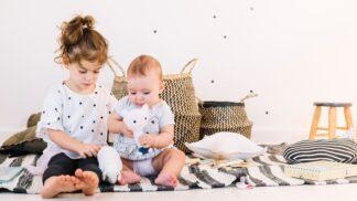 PORADNA: Čekám miminko a nechci, aby starší sourozenec žárlil. Jak to zařídit, poradila psycholožka Samsonová