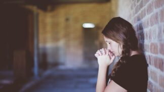 Diana (18): Sestra se rozhodla vyvolat ducha našeho násilnického otce. Byla to zřejmě osudová chyba