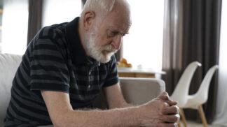 Vašek (65): Manželka si v důchodu našla koníčka, který mě děsí. Dostáváme se kvůli němu do stále větších problémů
