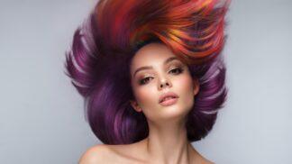 9 trendy barev na vlasy pro podzim 2021: Je libo jablečný mošt, nebo horké cappuccino?