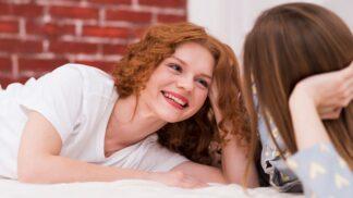Šarlota (27): Kdybych tušila, co se vyklube z mé kamarádky, dala bych si pozor. Teď jsem v patové situaci