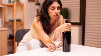 Milena (46): Stačily dva lockdowny a málem z nás byli alkoholici. Bojím se toho, co ještě přijde