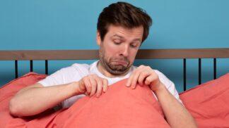 Vysoký cholesterol poznáte i v ložnici: Jak mužům komplikuje milostný život?